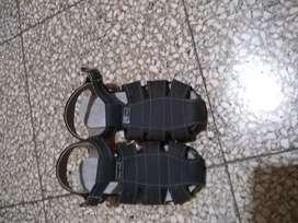 botines y sandalias