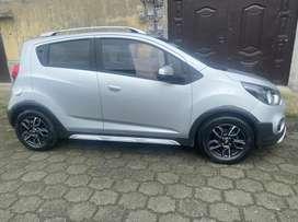 Se vende Spark Gt deportivo Full Llantas nuevas, carro de uso personal .