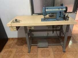 Vendo maquina de coser singer 20u $800.000 negociables