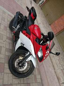 R15 Yamaha