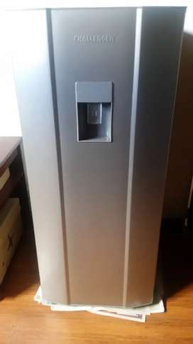 Nevera CHALLENGER Frost Una Puerta 250 Litros Brutos CR262GSF Gris