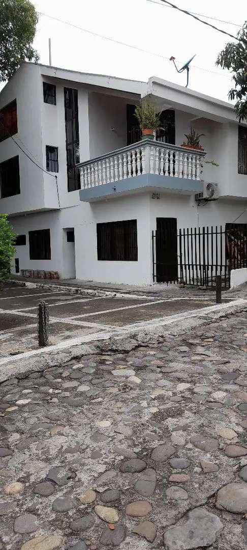 Casa esquinera en venta Honda - Tolima