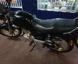 Vendo Moto honda Strom 125