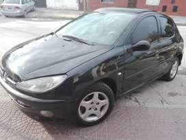 Peugeot 206XT 1.6 ABS modelo 2006 recibo menor valor
