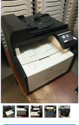 Impresora multifunción en color HP Láser Je Pro cm 1415 fnw