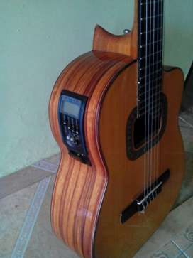Requinto luthier Hnos Realpe