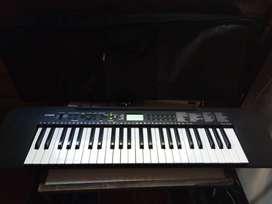 teclado Casio modelo ctk 245 + funda