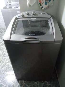 Hermosa lavadora centrales