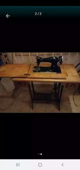 Máquina GODECO de coser SI funciona final $2500