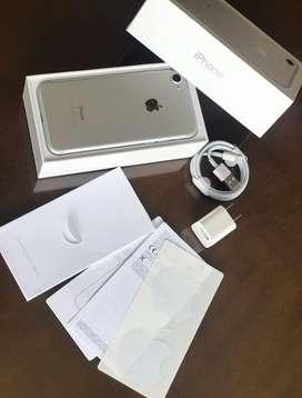 iPhone 7 32Gb Silver/ Blanco, Mega Precioo !! como Nuevo ! IMEI LIBRE