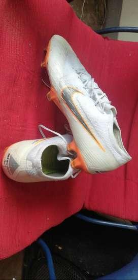 Guayos Nike Flykniti como nuevos