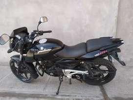 Vendo moto modelo pulsar 180 a S/. 3500