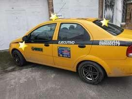 Se vende taxi ejecutivo con puesto