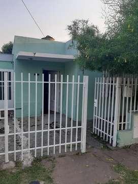 Vendo dos casas Pasaje AURORA 3247 entre Lucero y Lamadrid y entre Crespo Y Veramújica