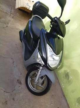 Zanella scooter 150