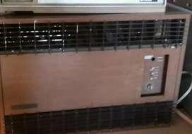 Aire Acondicionado de ventana marca E.M.G. 3900 frigorias Precio $7000