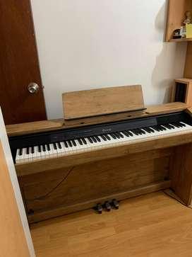 PIANO ELECTRÓNICO (REMATE)
