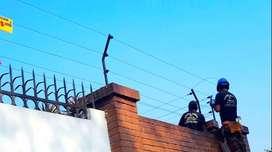 No viva con miedo protéjase somos profesionales en cercos eléctricos y cámaras de seguridad