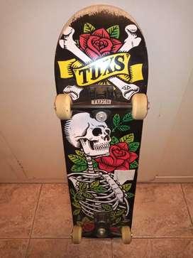 Vendo Skate Tuxs profesional