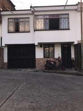 Vendo o Cambio casa en barrio corbones
