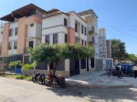 Casa de 4 pisos en esquina - Santa María del Pinar