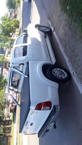 Vendo Toyota Hilux DC Srv 2015