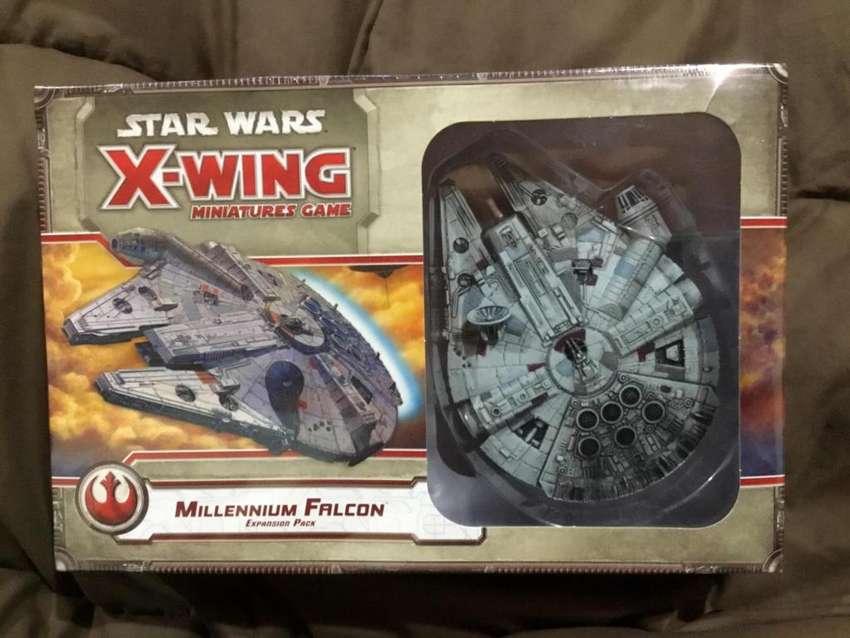 Star Wars XWing millennium falcon expansión pack 0