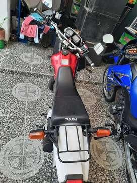 Vendo moto yamada 125 2 tiempos