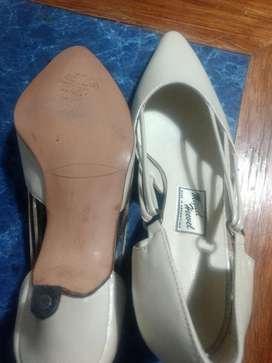 Carteras Y Zapato de Cuero