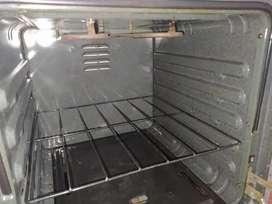 Vendo estufa marca Haceb 4 fogones con horno