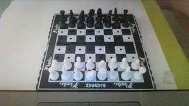 ajedrez pequeño