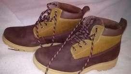 Zapatos tipo botín talla 37