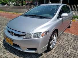 Honda Civic LX modelo 2011, mecanico, apenas 52.000 kms, perfecto!