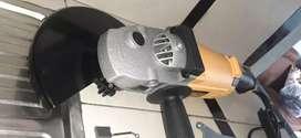 Amoladora 9 pulgadas dewalt
