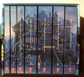 Cofre de libros completos Harry Potter en inglés