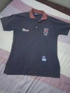 Vendo camiseta tipo polo vieja guardia del DIM tres estrella