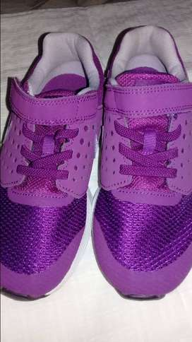 Zapatillas Nike S/uso. T. 31