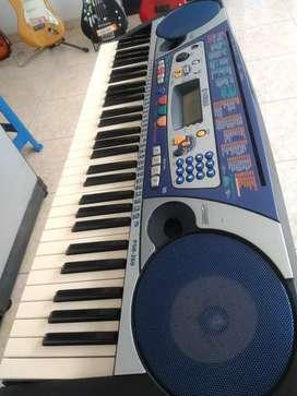 PIANO YAMAHA MUY BARATO