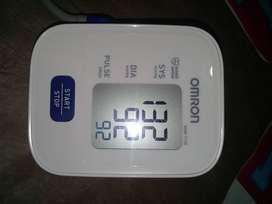 Tensiometro Omron Hem Mod. 7120, nuevo sin uso