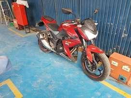 Moto kawasaki z250 bicilindrica en buen estado
