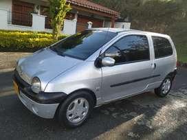Renault Twingo 2006 dinamic 16 válvulas