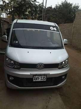 Se vende minivan faw de 10 asientos uso particular conservando