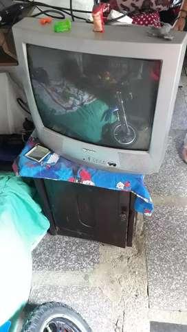 Vendo televisor en buen estado