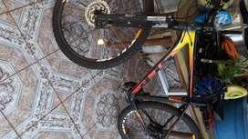 VENDO BICICLETA MTB marca SLP 500 semi nueva