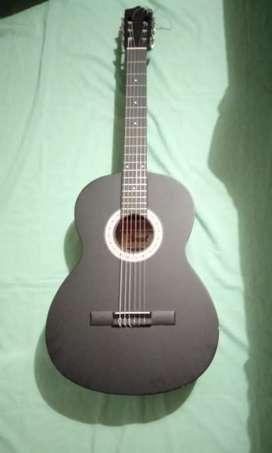 Guitarra Acustica Bernal Negra con Forro