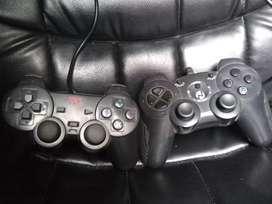 Vendo joysticks de play 2