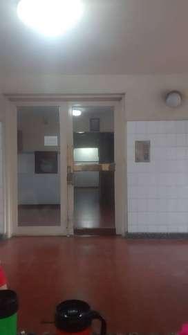 Dueño vende departamento centrico