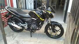 Se vende moto Discovery como nueva