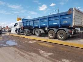 Camion Scania y Batea Randon 2009