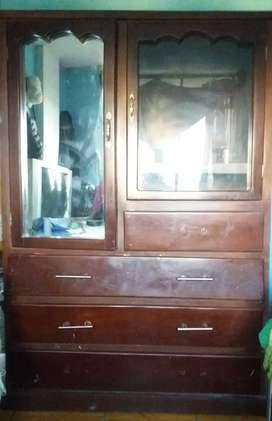 Se vende armario en buenas condiciones